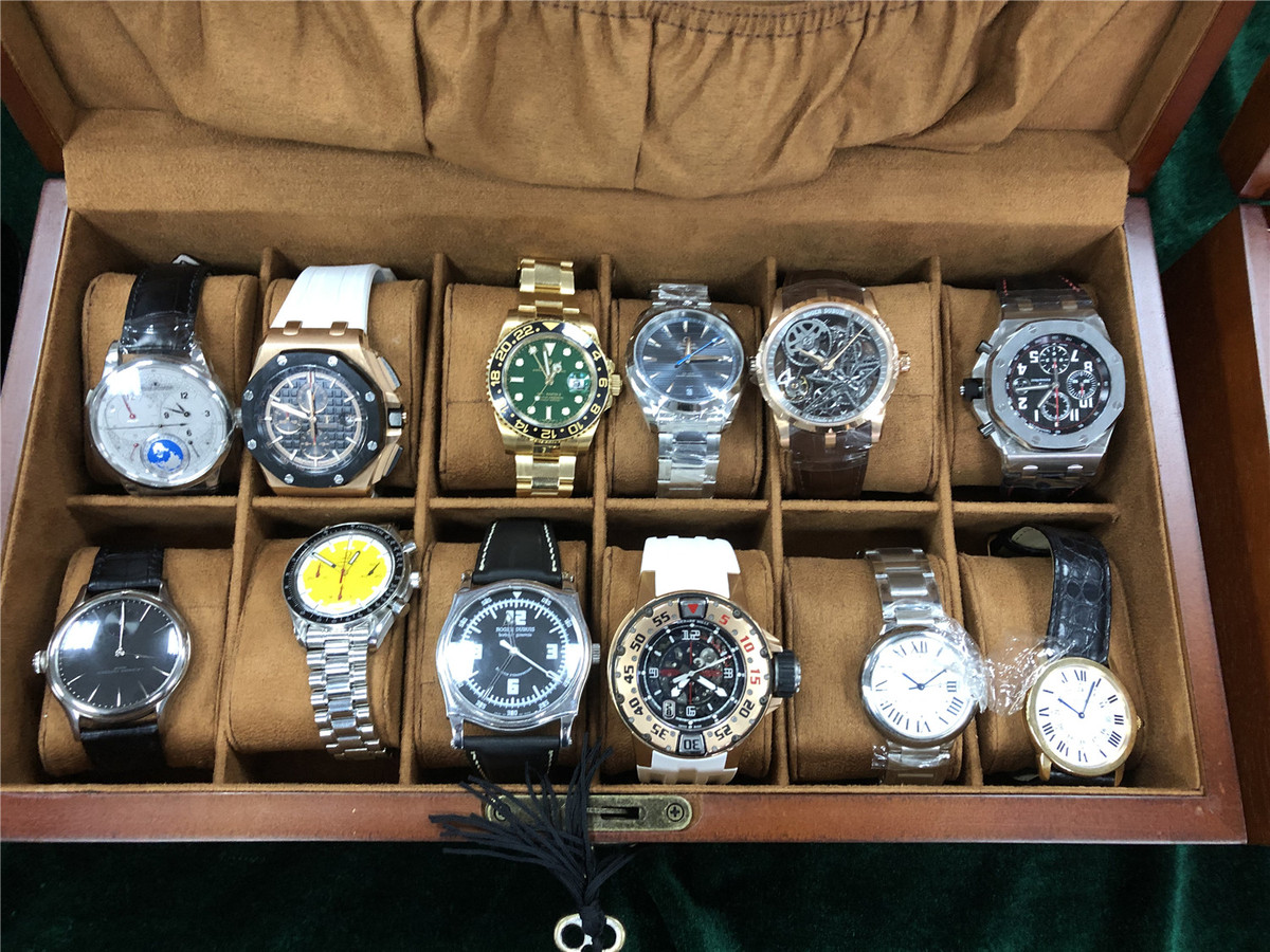 Authorities launch crackdown on watch smuggli